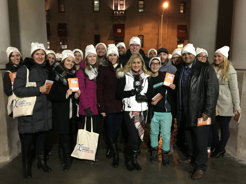 The team of CanadaHelps staff, volunteers and charities at Union Station with Jennifer Valentyne (Breakfast Television Toronto)
