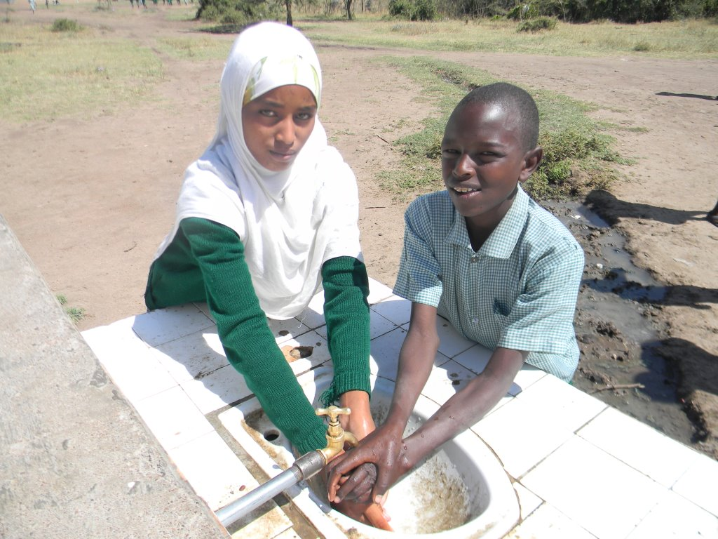 Students at Kenya's Kishermoruak Primary School now have access to clean water for washing.